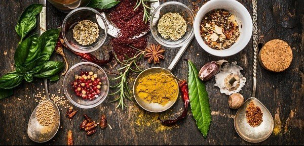15-Herbal-Remedies-to-Help-You-Survive-Cold-and-Flu-Season-TEXT-600x390
